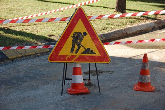 Lavori.Transito vietato nella corsia dei mezzi pubblici di via Sonnino tra le vie Gallura e Logudoro