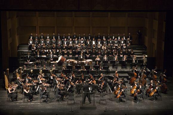 Orchestra e Coro (ph Priamo Tolu)